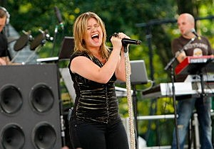 """Kelly Clarkson Performs On ABC's """"Good Morning America"""""""