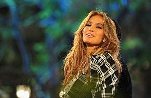 Jennifer Lopez Visits Extra