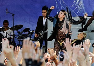 "Lady Gaga Performs On ABC's ""Good Morning America"" - May 27, 2010"
