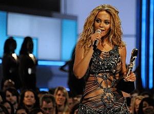 2011 Billboard Music Awards - Show