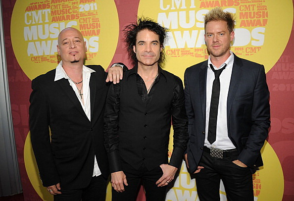 2011 CMT Music Awards - Red Carpet