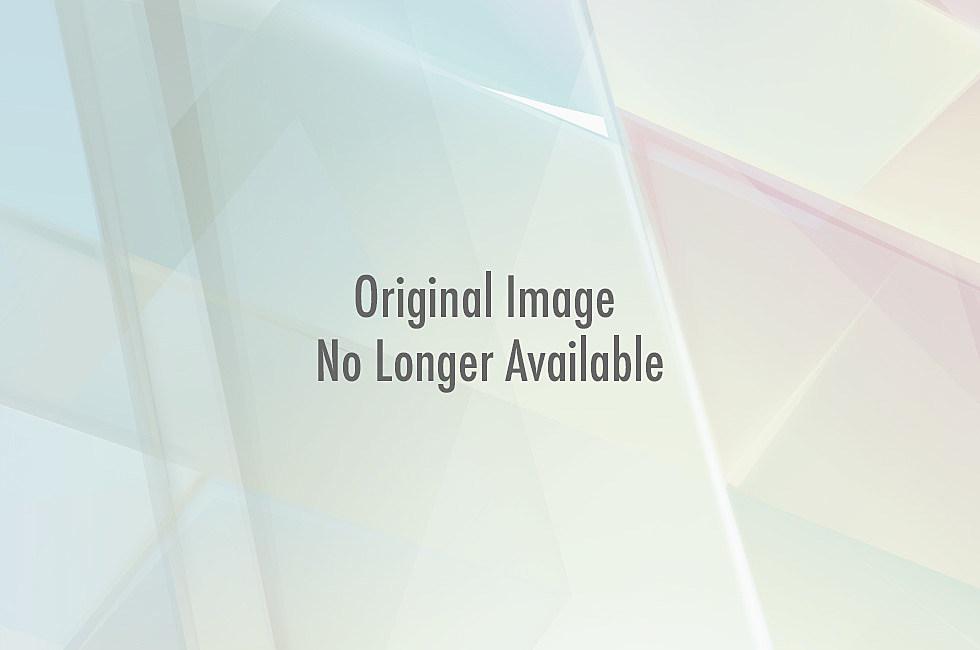 Daniel-Craig-Rachel-Weisz-Pictures-Showing-PDA
