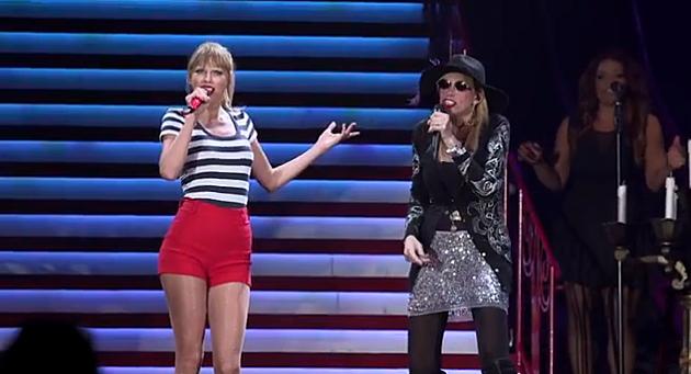 Taylor Swift & Carly Simon