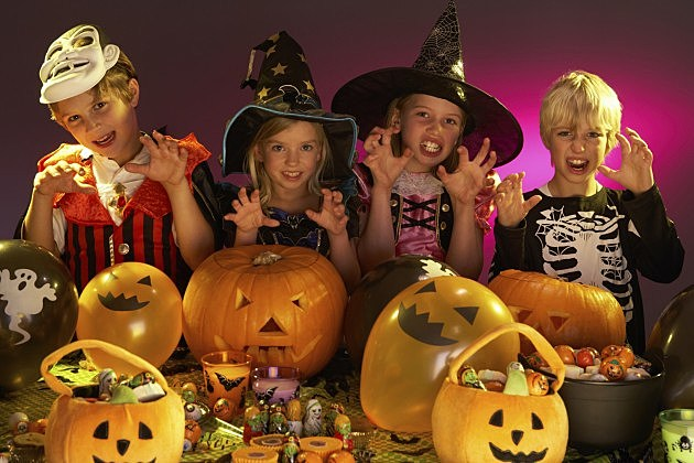 Haloween Party with Children in Costumes-Credit-iStock-126087028