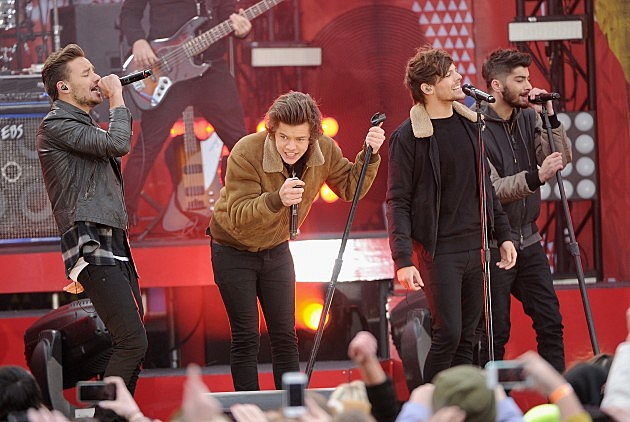 "One Direction Perform On ABC's ""Good Morning America"""