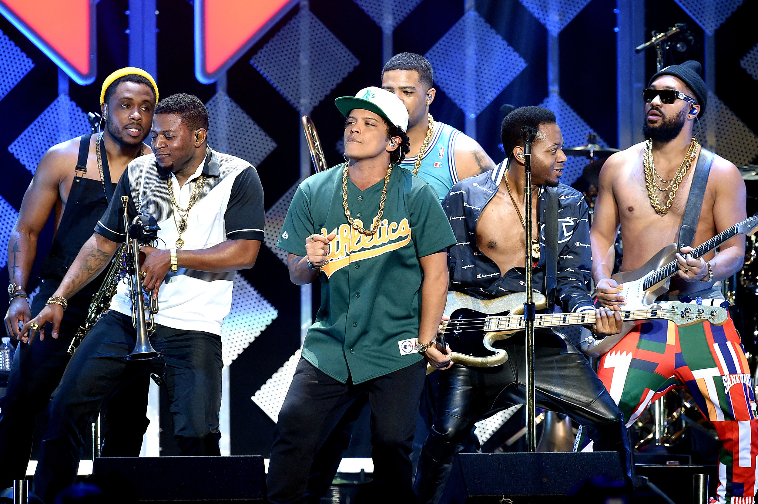 Win a trip to see bruno mars in los angeles kristyandbryce Choice Image
